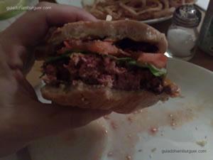Ritz burger e bolinho de arroz- Ritz (Jardim Paulista)