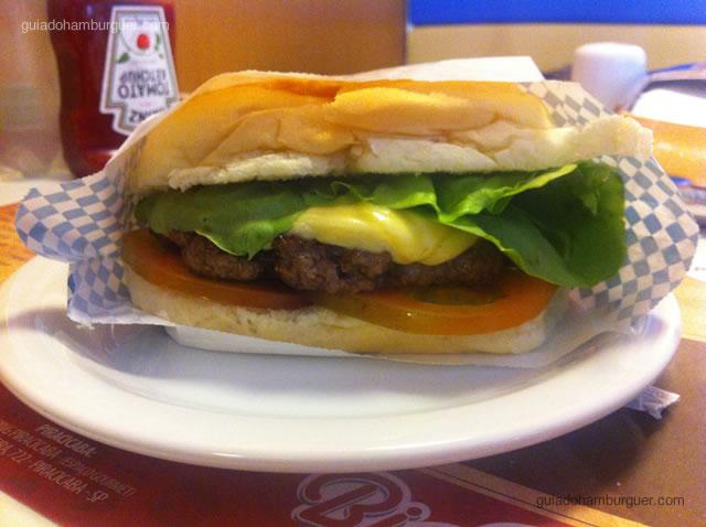 Cheese salada com hambúrguer de picanha e maionese à parte - Big Jack