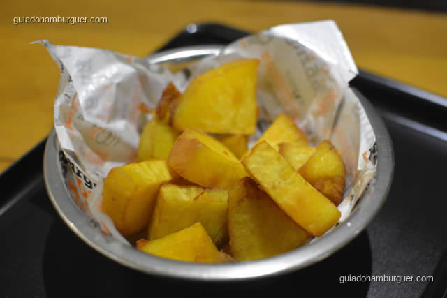 Batatas doces fritas em rodelas - Burger Lab Experience