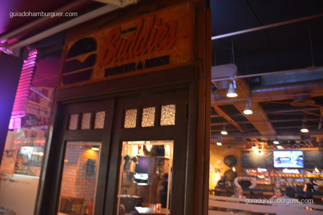 Entrada da hamburgueria - Buddies Burger & Beer
