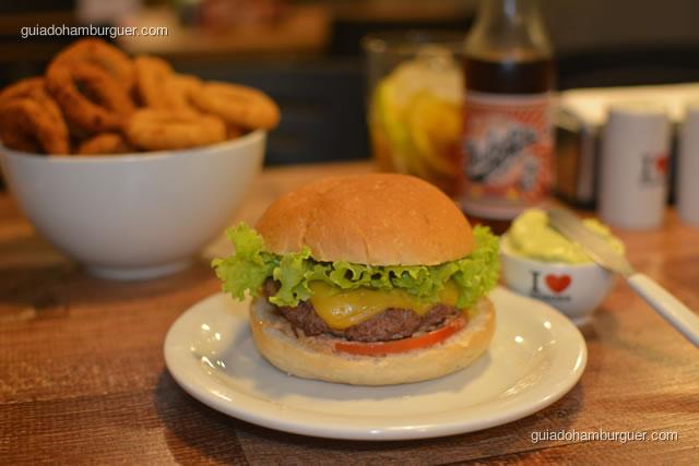 Cheese picanha salada com maionese à parte - I Love Burger
