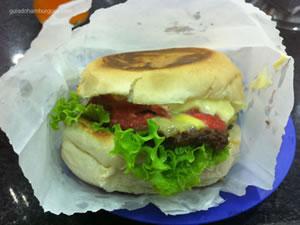 Cheese salada bacon com mais maionese - Hambúrguer do Seu Oswaldo