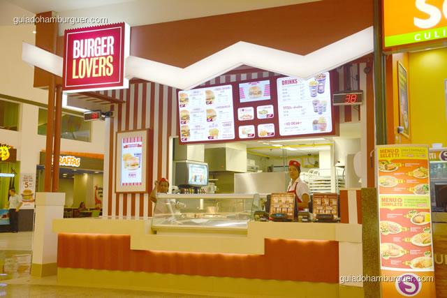 Frente da loja onde se faz o pedido - Burger Lovers