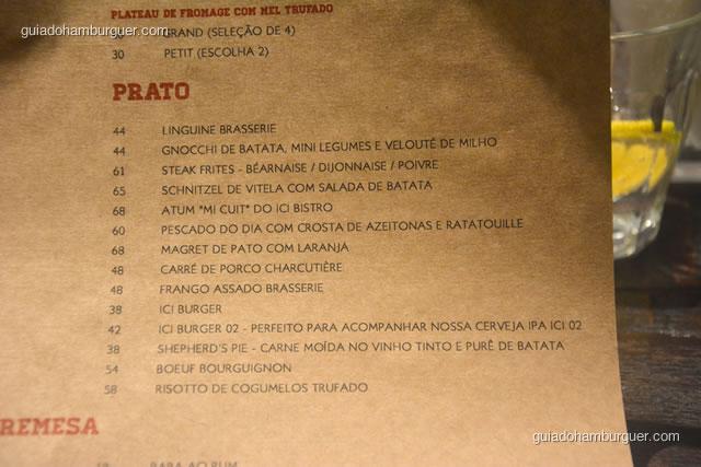 Detalhe dos pratos principais no cardápio - Ici Brasserie