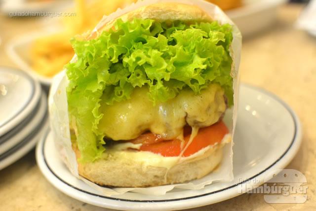 Tradicional cheese salada - Osnir Hamburger