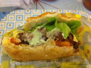 Cheese salada (hambúrguer, queijo, alface, tomate e maionese a parte) - Lanchonete da Cidade