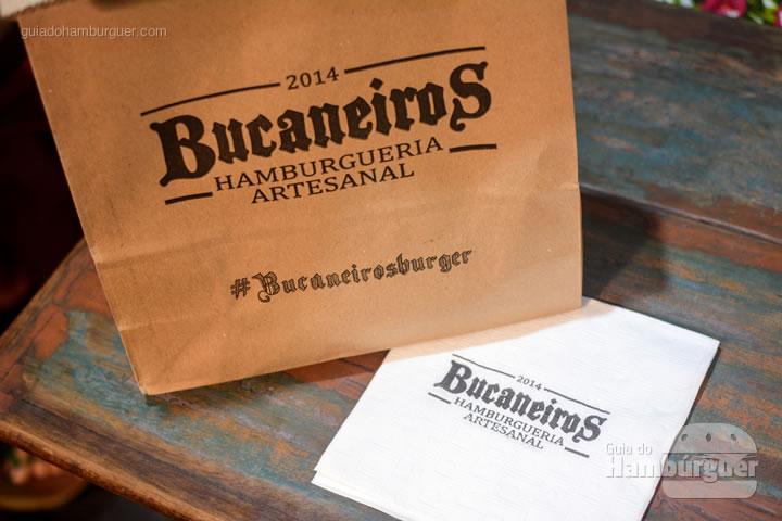 Pedido no saco de papel - Bucaneiros Hamburgueria Artesanal