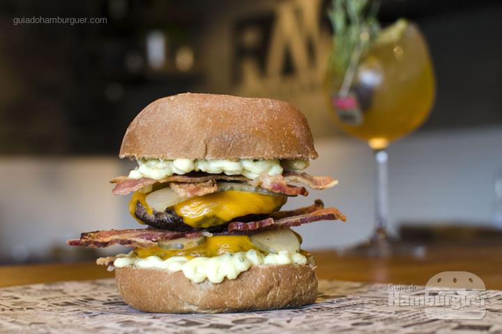 Raw Bacon Burger - Raw Burger'n'Bar
