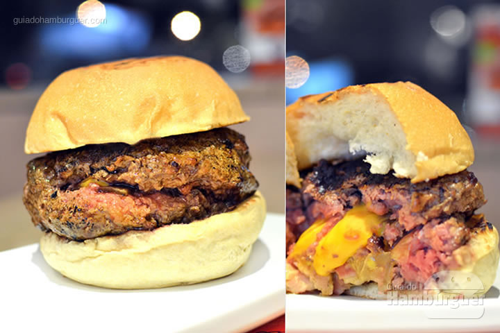 Londrino, hambúrguer de 240g recheado com cheddar cremoso, cebola frita com molho inglês e bacon picado por R$ 32,00  - Pibus Hamburger