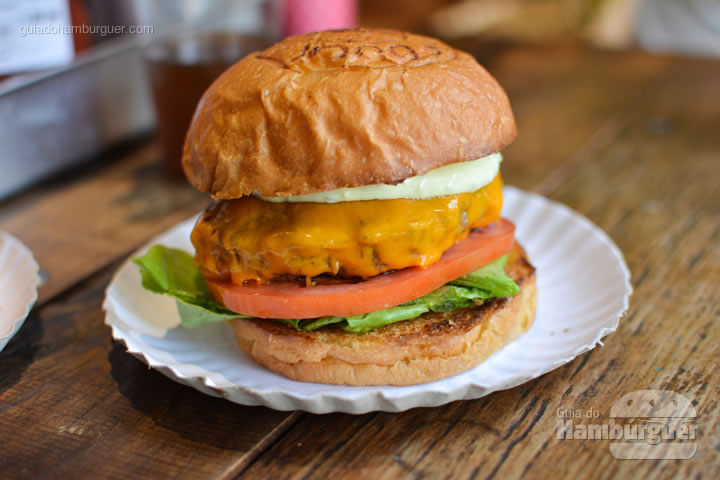 Classic, o cheese salada da casa - Dock Burger