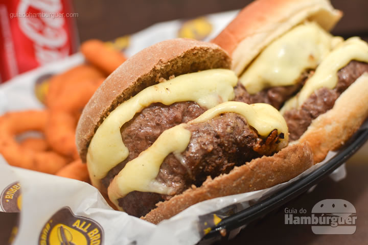 Duplo cheese burger - All Bros Burger