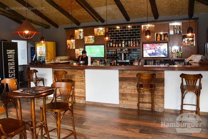 Bar - Paulista Burger em São José dos Campos