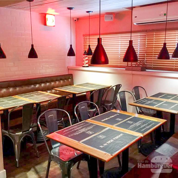 Ambiente - B, de Burger por Lelê Gianetti
