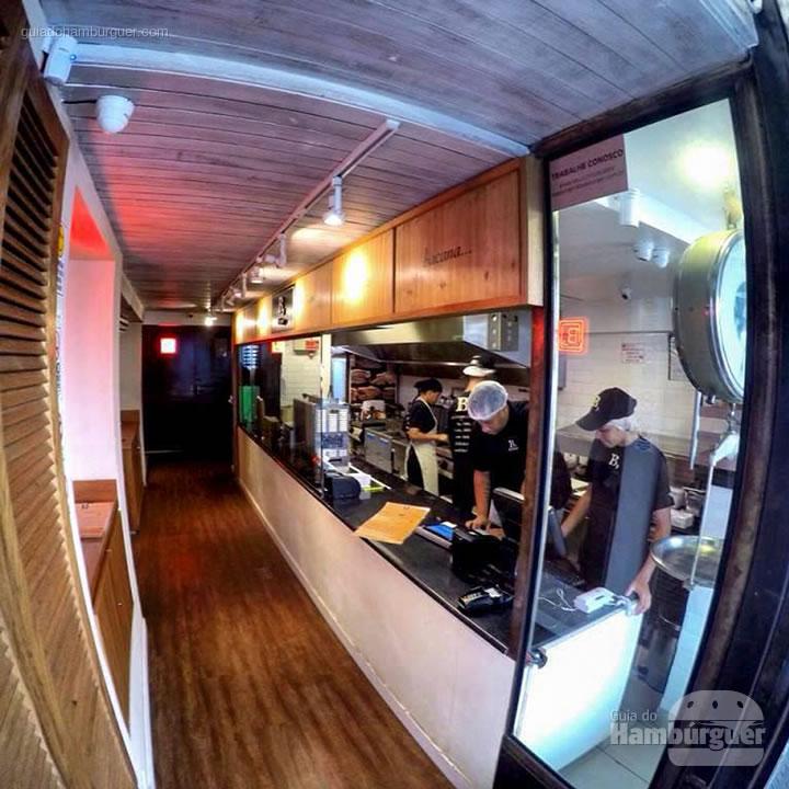 Cozinha - B, de Burger por Lelê Gianetti