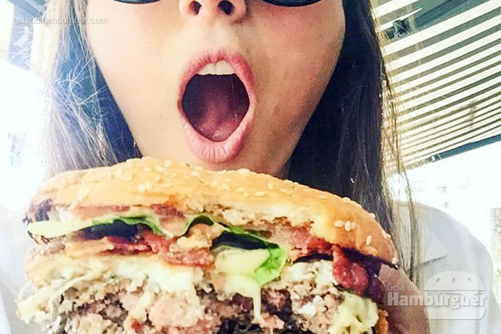 Assustador! - T.T. Burger por Lelê Gianetti