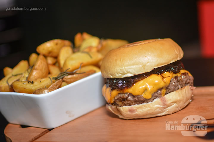 Brooklyn com batatas rústicas - United Burger