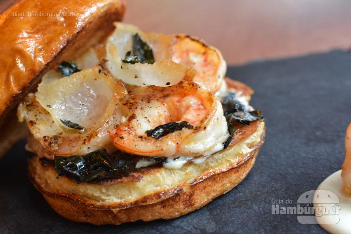Sanduíche de camarão com lardo - Frank & Charles Sandwich Bar