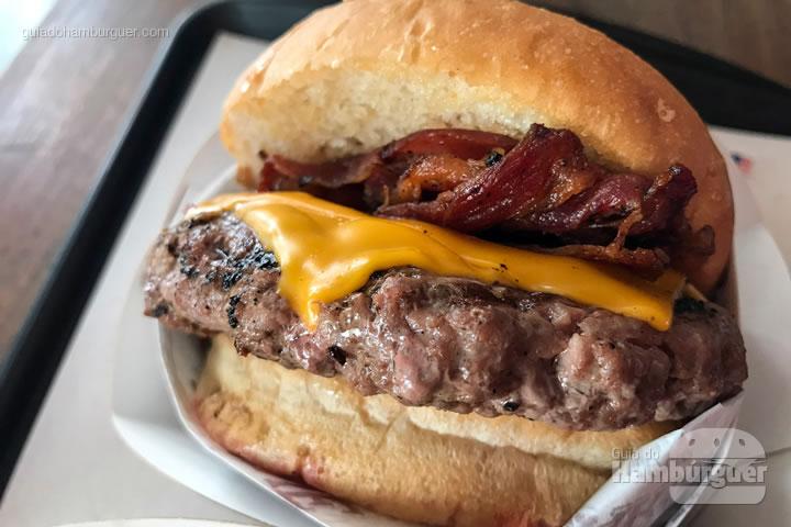 Cheesebacon - Pão com Carne