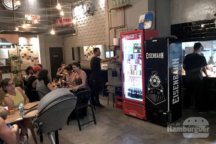 Ambiente - Blend Burger Bar