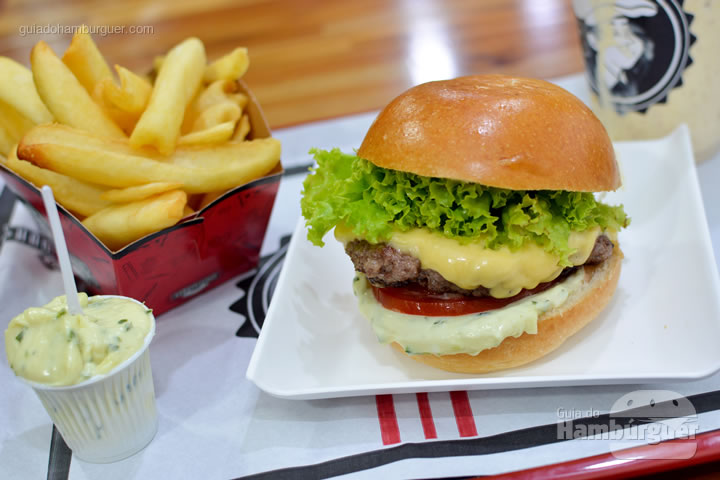 Cheese salada - Hamburguinho Moema