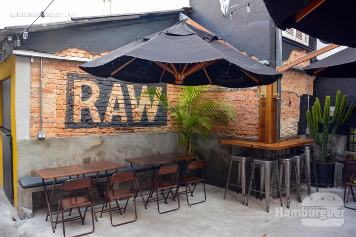 Espaço - Raw Street Burger
