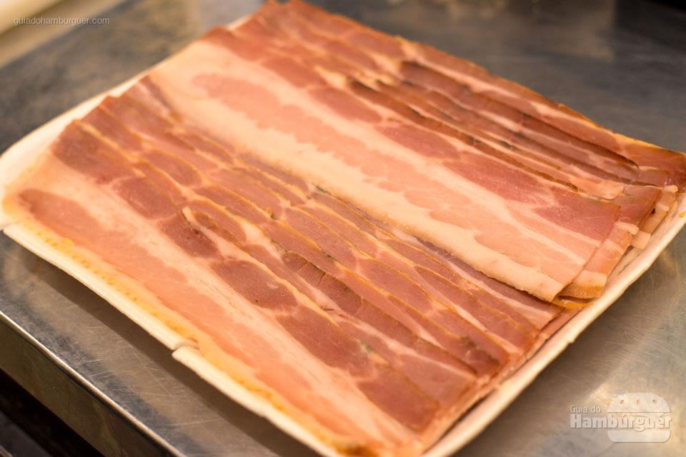 Bacon fatiado Famiglia Artigianale - Micro Hamburgueria