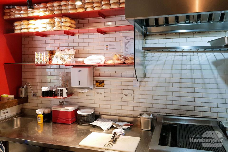 Cozinha - Na Garagem Hamburgueria - São Paulo - SP