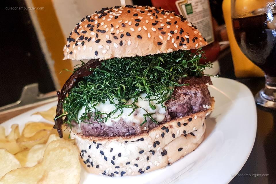 13º Tchambows Burger - As melhores hamburguerias de Belo Horizonte