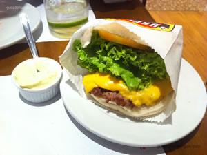 Cheese salada - Burguer Place